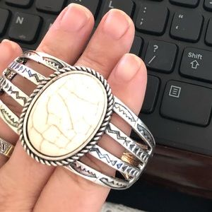 Jewelry - Ornate BOHO detailed tribal bangle ivory stone